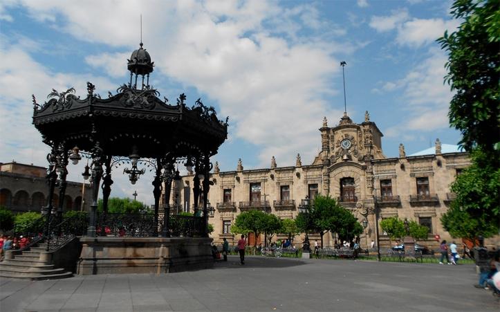 Palacio de Gobierno de Jalisco y Plaza de Armas, Guadalajara, JC